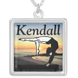 BALANCE BEAM QUEEN PERSONALIZED NECKLACE