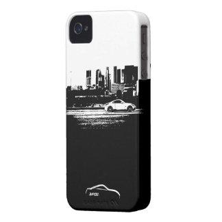 balanceo 350Z tirado con el logotipo blanco de la iPhone 4 Case-Mate Coberturas