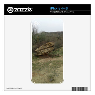 Balancing Rock Skin For iPhone 4