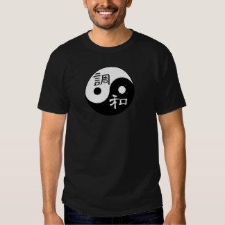 Balanza y armonía Yin yang Remeras