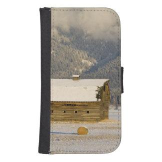 Balas rústicas del granero y de heno después de fundas billetera para teléfono