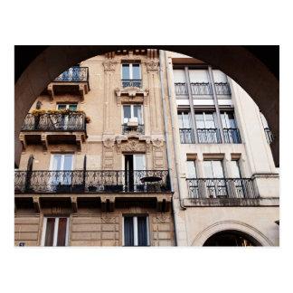 Balcón parisiense postal