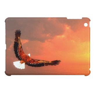 Bald eagle flying iPad mini case