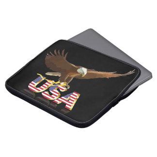 Bald eagle on the flag computer sleeve