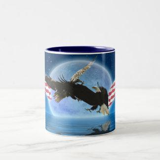 BALD EAGLE & US FLAG Patriot Series Two-Tone Coffee Mug