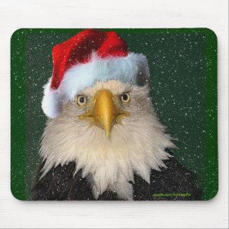 Bald Eagle & Winter Snow-fall Fun Xmas Mousepad