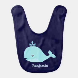 Ballena azul clara linda personalizada babero