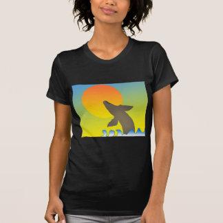 ballena de la puesta del sol camiseta