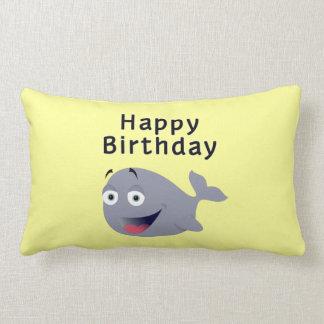 Ballena de una época - feliz cumpleaños almohadas