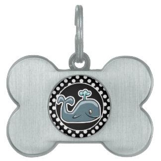 Ballena linda en lunares blancos y negros placa de nombre de mascota