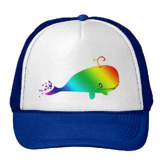 Ballena sonriente del arco iris con las burbujas gorro de camionero