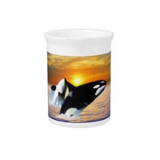 Ballenas en la puesta del sol jarron