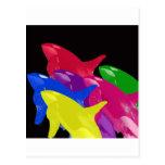 Ballenas múltiples de la orca multicoloras - rojos tarjetas postales