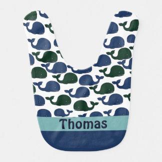 Ballenas verdes y azules cones monograma - babero