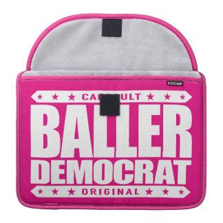 BALLER DEMÓCRATA - gángster liberal compasivo Fundas Macbook Pro