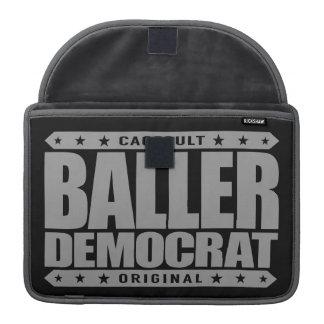 BALLER DEMÓCRATA - gángster liberal compasivo Fundas Para Macbook Pro