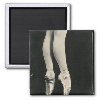 BALLERINA LEGS magnet magnet