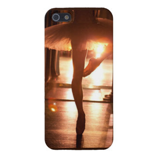 Ballerina phone marries cover for iPhone 5
