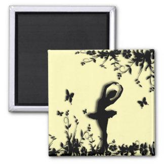 Ballerina Pirouette in Garden Yellow Magnet