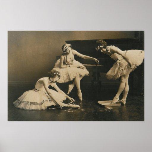 ballerina trio poster