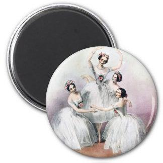 Ballerinas Magnet