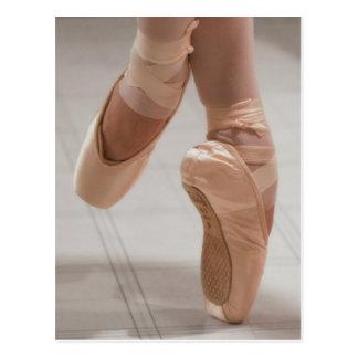 Ballet Dancer en Pointe, Feed, Pink Satin Shoes Postcard