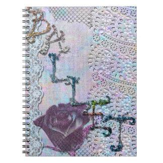 Ballet en brillo y cuaderno del cordón