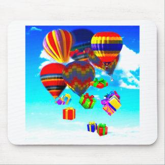 Ballonso de aire caliente colorido alfombrillas de raton