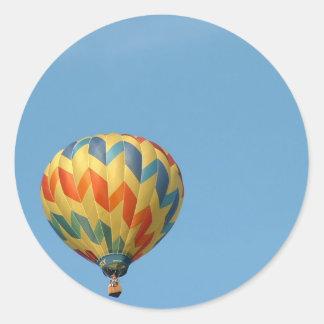 Balloon flying high! classic round sticker