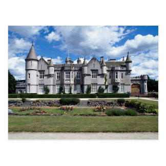 Balmoral, Queen of England's Scottish residence Postcard