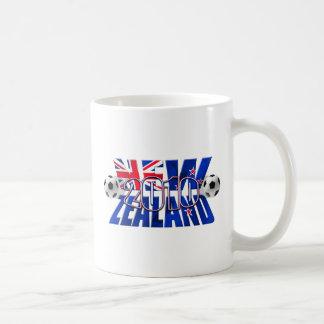 Balón 2010 de fútbol de Nueva Zelanda Taza De Café