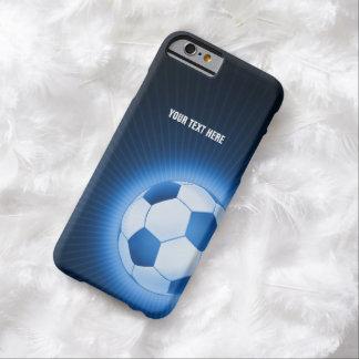 Balón de fútbol azul personalizado (fútbol) funda de iPhone 6 barely there