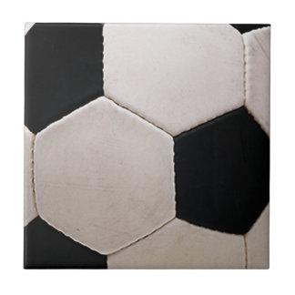 Balón de fútbol blanco y negro azulejo cuadrado pequeño
