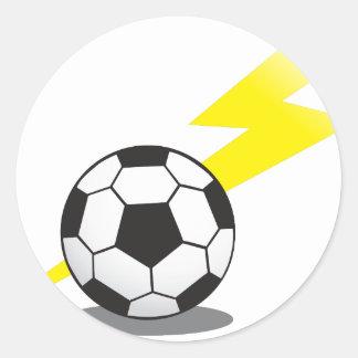 Balón de fútbol con el rayo pegatina redonda