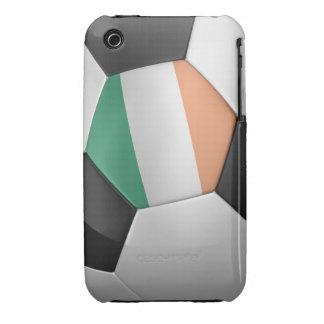 Balón de fútbol de Irlanda iPhone 3 Fundas