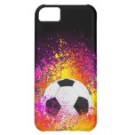 Balón de fútbol de neón con el fondo negro