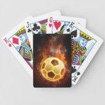 Balón de fútbol del fuego baraja cartas de poker