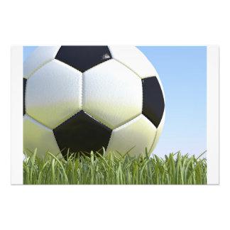 Balón de fútbol en hierba impresión fotográfica