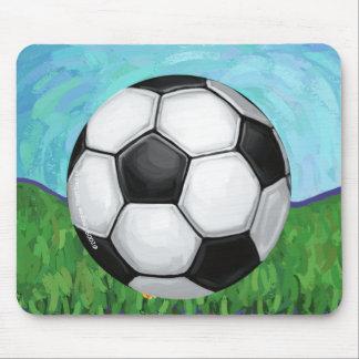 Balón de fútbol en la hierba Mousepad