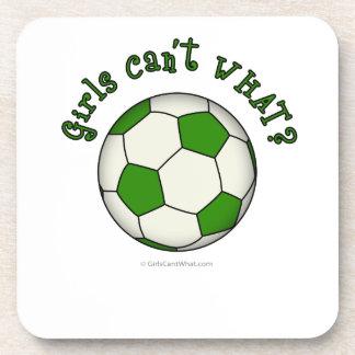 Balón de fútbol en verde posavaso