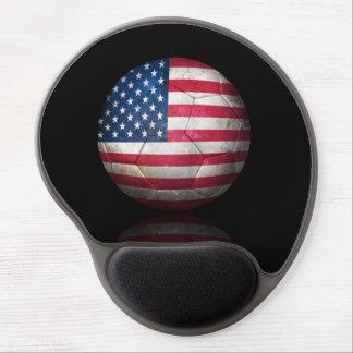 Balón de fútbol gastado de fútbol de bandera ameri alfombrilla de raton con gel