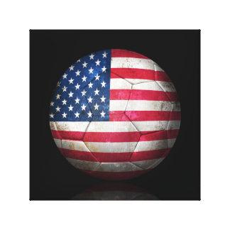 Balón de fútbol gastado de fútbol de bandera ameri lona estirada galerias
