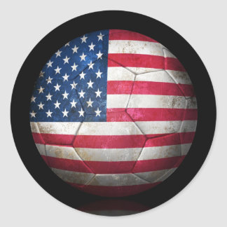 Balón de fútbol gastado de fútbol de bandera etiqueta redonda