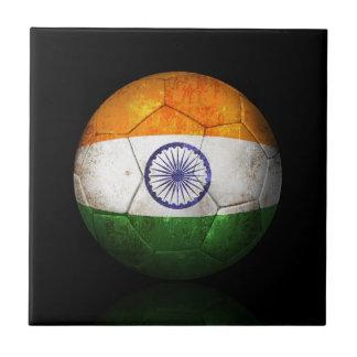 Balón de fútbol indio gastado de fútbol de bandera tejas  ceramicas