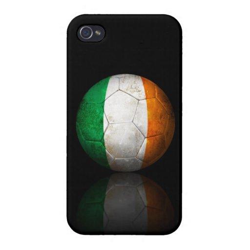 Balón de fútbol irlandés gastado de fútbol de band iPhone 4 cobertura