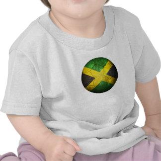 Balón de fútbol jamaicano gastado de fútbol de ban camiseta