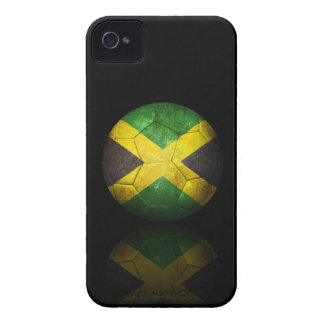 Balón de fútbol jamaicano gastado de fútbol de iPhone 4 carcasas