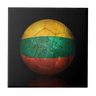 Balón de fútbol lituano gastado de fútbol de bande azulejo