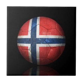 Balón de fútbol noruego gastado de fútbol de bande tejas  ceramicas