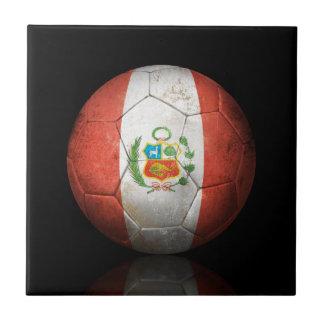 Balón de fútbol peruano gastado de fútbol de bande azulejos
